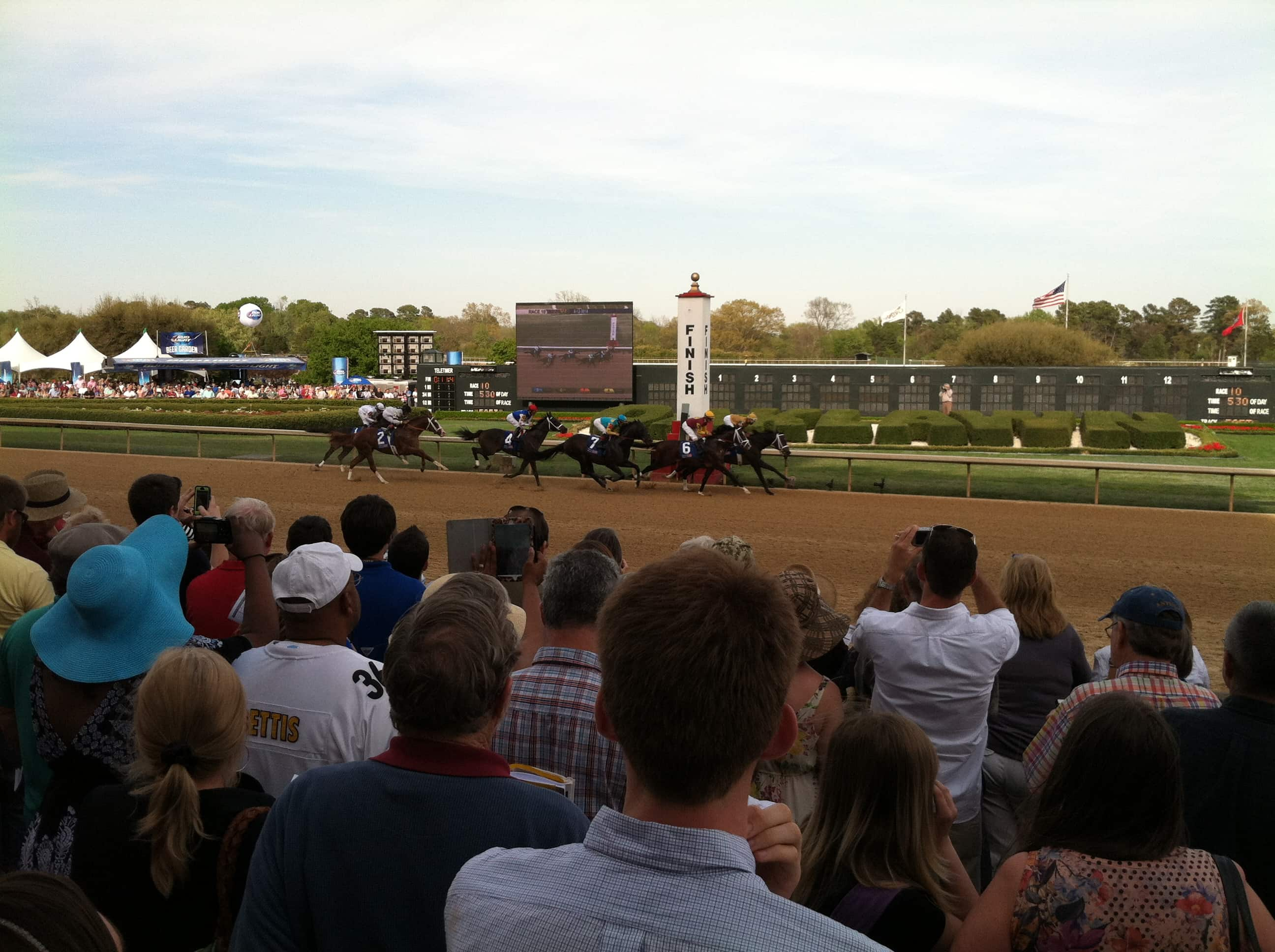 Will Take Charge wins the 2013 Oaklawn Handicap