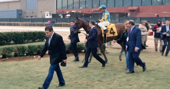 American Pharoah Enters the Winners Circle