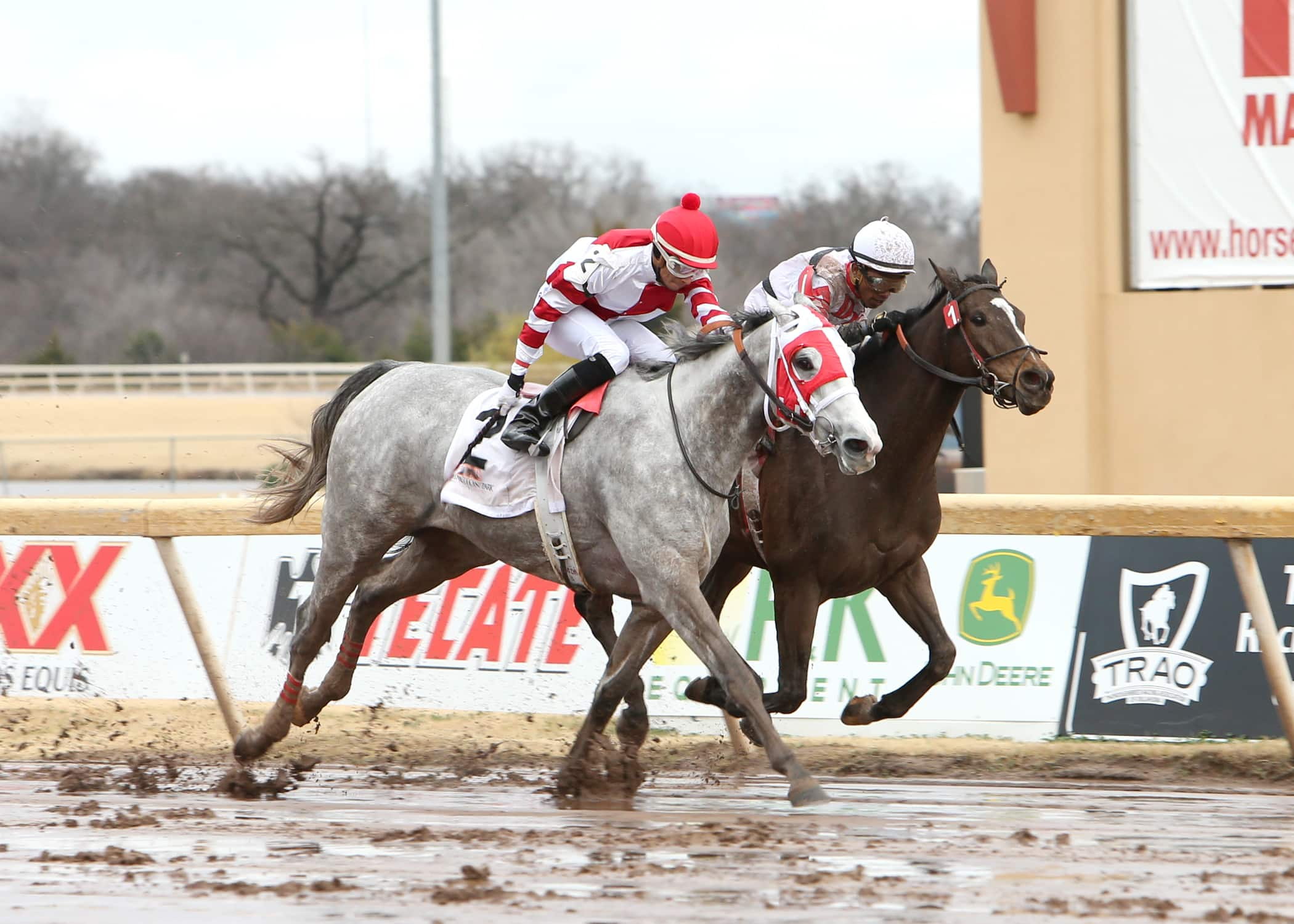 Cassatt goes gate to wire in the $102,300 She's All In Handicap at Remington Park - Photo Credit: Dustin Orona Photography