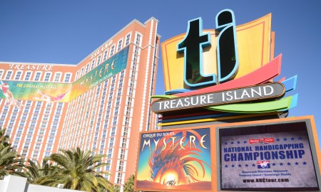 17th DRF/NTRA National Handicapping Championship - Treasure Island - Photo Credit: HorsePhotos.com
