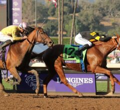 Finest City Holds off Wavell Avenue in $1 Million Breeders' Cup Filly & Mare Sprint
