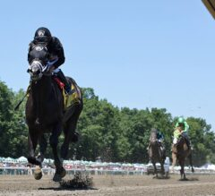 Sharp Azteca Breaks Track Record in G3 Monmouth Cup