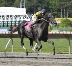 Berned Finally Makes the Grade in G3 Molly Pitcher