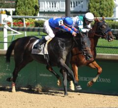Blue Prize Noses Out Victory in G3 Locust Grove