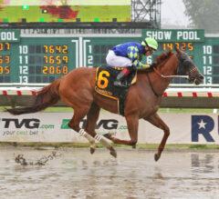 Miss Auramet Splashes to Easy Politely Victory